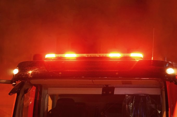 Incendiu puternic în județul Giurgiu. Copiii au încercat să aprindă focul în sobă cu benzină