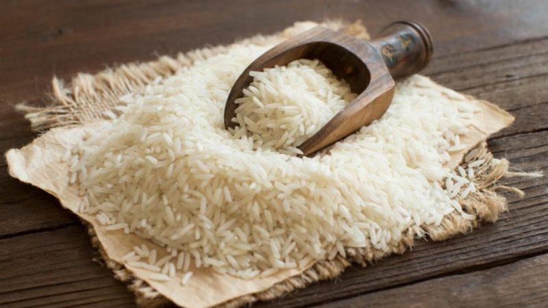 Cum deosebim orezul din plastic de cel natural! Testul care îţi spune sigur dacă este bun sau nu
