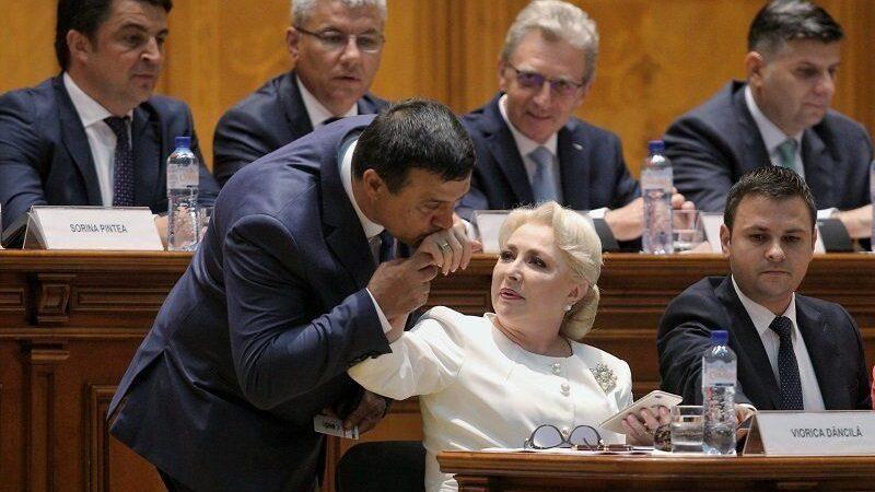 Într-un mandat de deputat, Bădălău a făcut trei masterate și o facultate amenințată cu închiderea