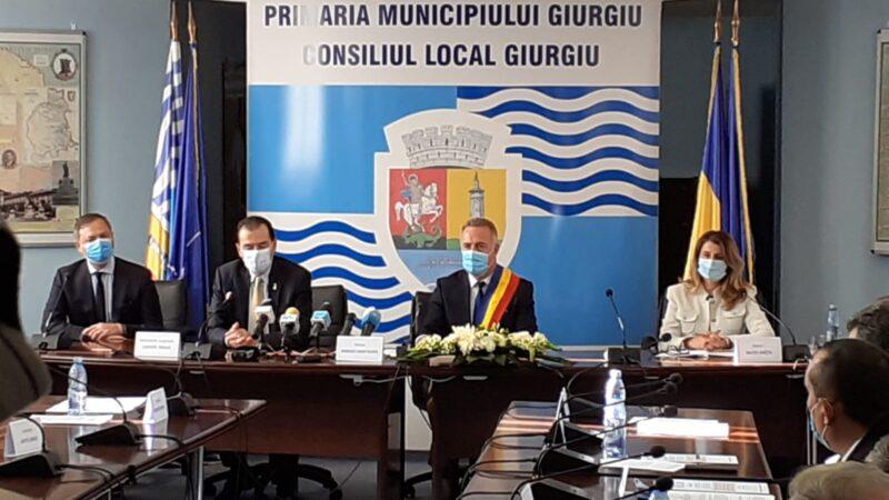 Prima declaraţie de presă a primarului municipiului Giurgiu, Adrian Anghelescu după depunerea jurământului