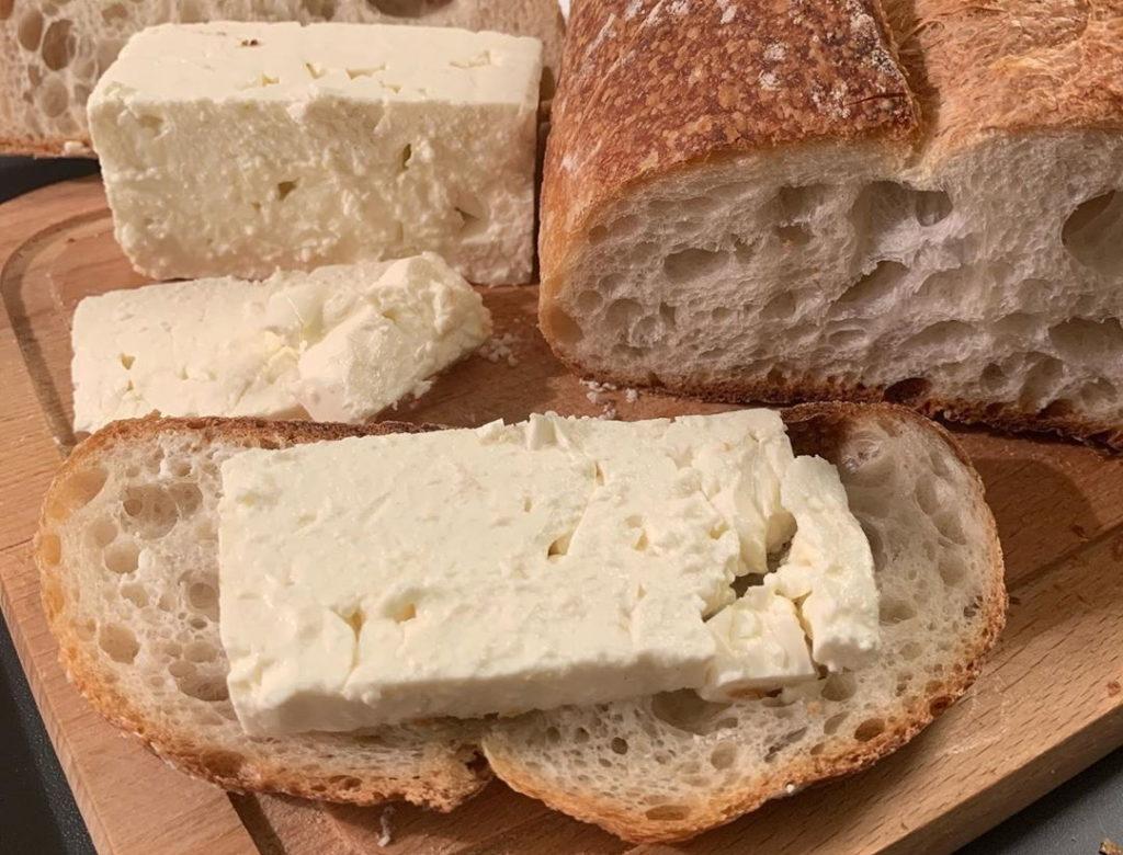 Ce conține brânza vegetală? Nutriţionistul  Mihaela Bilic a spus din ce este făcută