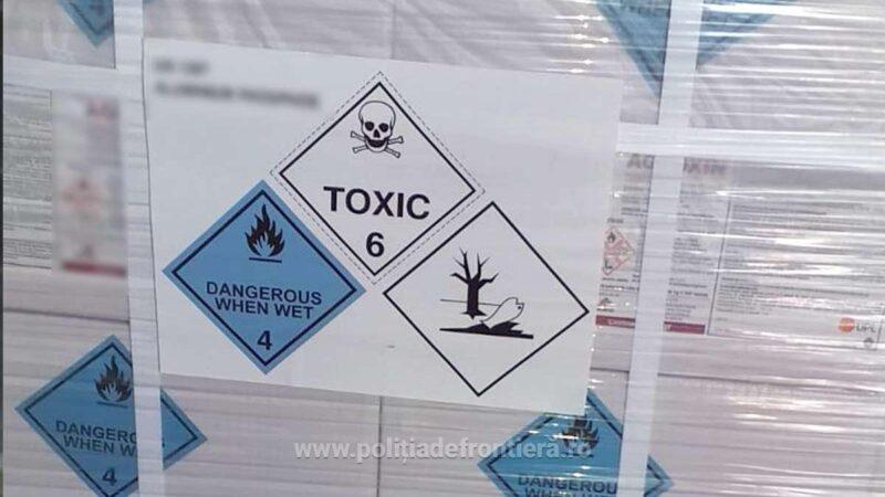 Peste 6,6 tone de substanță toxică, transportate fără autorizaţie,  descoperite în P.T.F. Giurgiu