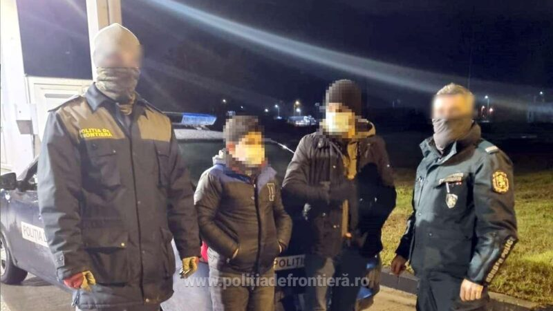 Ascunși printre sacii cu susan, doi sirieni au încercat să intre ilegal în România