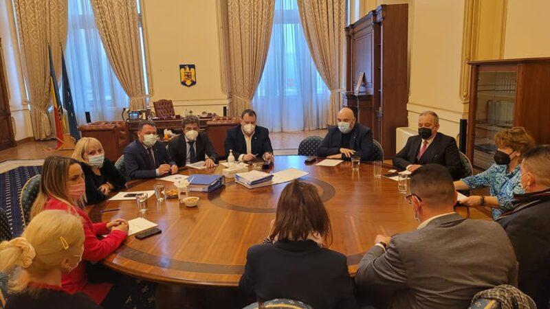 Parlamentarii giurgiuveni Toma Petcu şi Alexandru Andrei implicaţi în deblocarea Proiectului FAST DANUBE