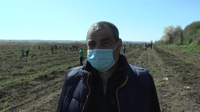 Primarul comunei  Malu, Mirel Jantea a făcut posibil ca plămânul verde din judeţul Giurgiu să mai crească cu încă două hectare