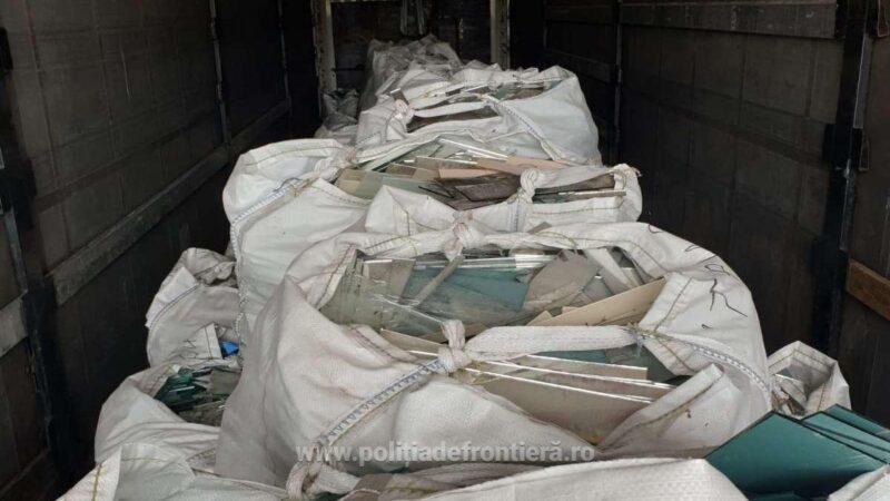 10 tone de deșeuri din sticlă, oprite la P.T.F. Giurgiu