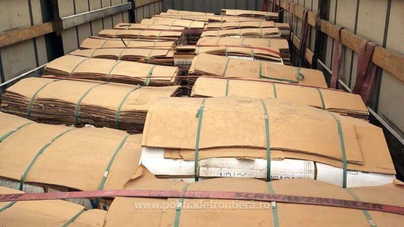 4.340 kilograme deșeuri din carton transportate ilegal din Bulgaria,  oprite la P. T. F. Giurgiu