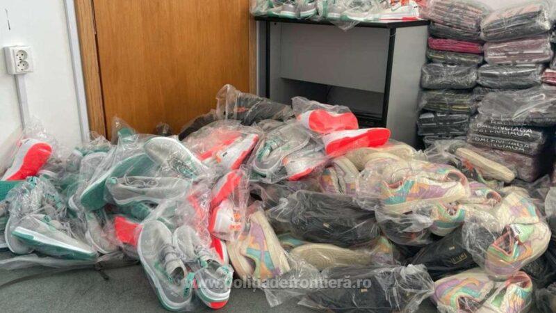 Sute de bunuri susceptibile a fi contrafăcute, descoperite în acest weekend de către polițiștii de frontieră giurgiuveni