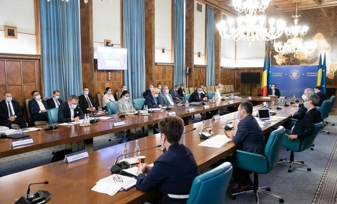 Şedinţă de urgenţă a CNSU. S-a decis chiar astăzi, 9 septembrie. Ce se va întâmpla în următoarea lună în România?